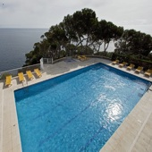Parador Aiguablava swimming pool