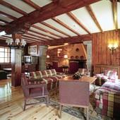 Lounge at Bielsa Parador Hotel