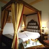 Parador de Gredos bedroom - Spain