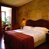 Parador de Hondarribia bedroom - Spain
