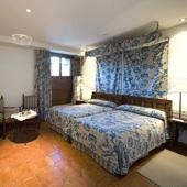 Bedroom at Parador of Jarandilla de la Vera - Spain