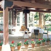 Parador Manzanares garden