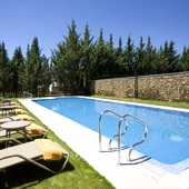 swimming pool at Parador de Puebla de Sanabria