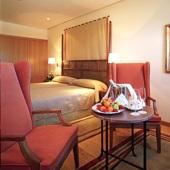 Parador de Salamanca - bedroom