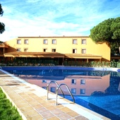 Swimming pool at Parador de Tordesillas