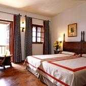 Bedroom at Parador Tortosa
