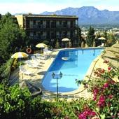 Swimming pool at Tortosa Parador