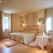 Bedroom at Parador of Vic-Sau - Spain
