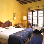 bedroom at Zamora Parador hotel- a Spanish Parador